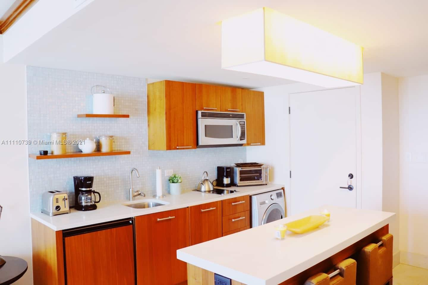 6801 Collins Ave #803 photo010