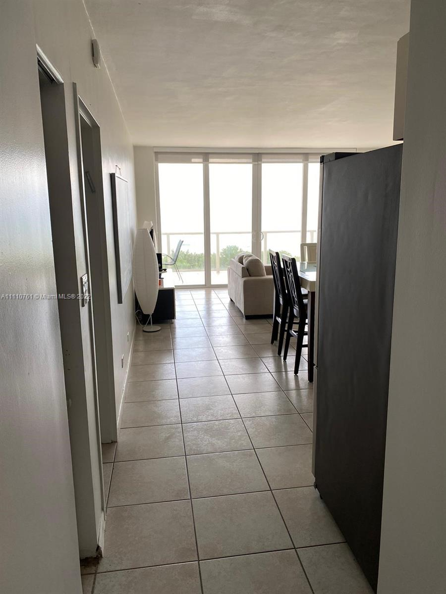 5601 Collins Ave #410 photo07
