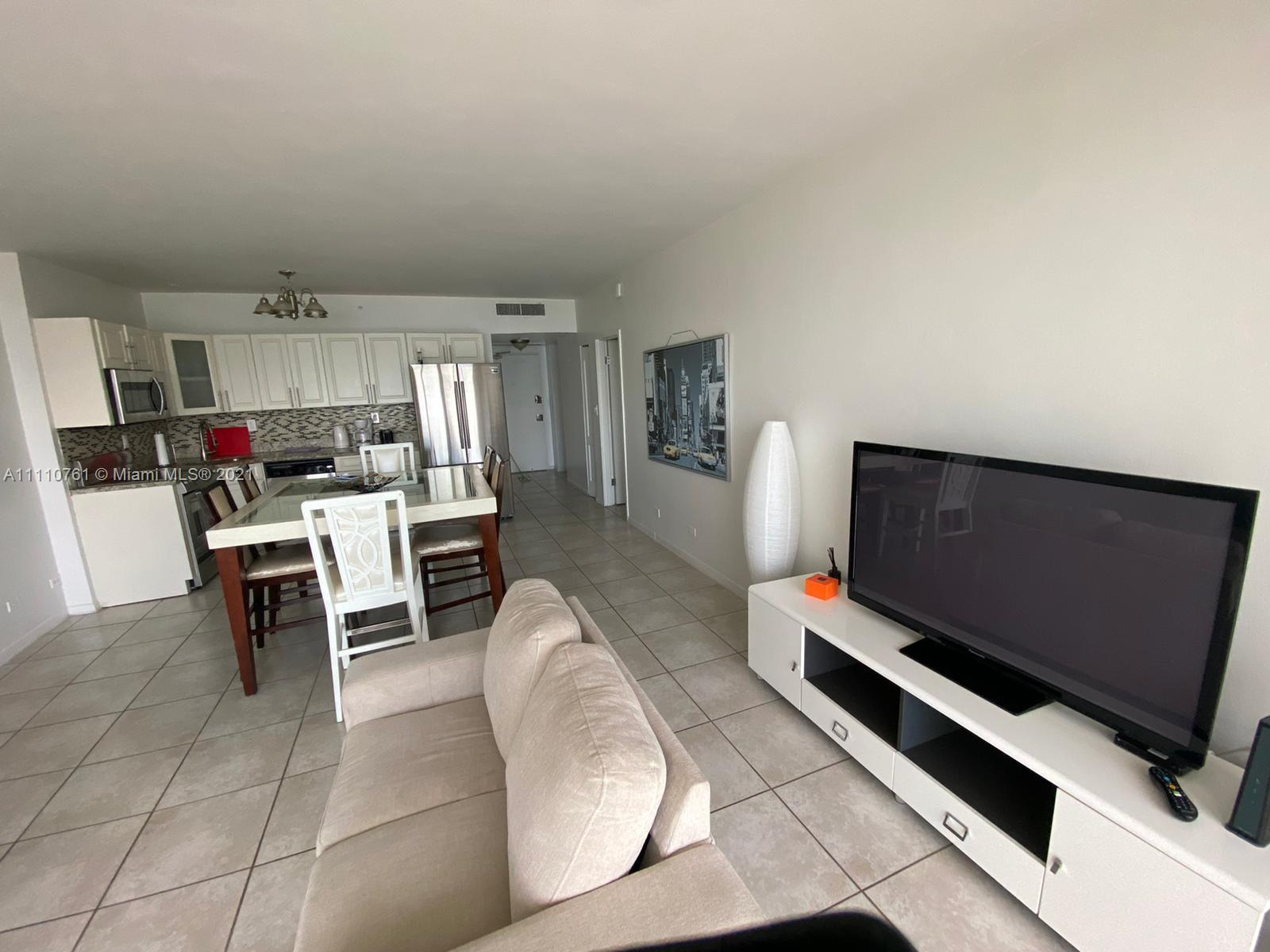 5601 Collins Ave #410 photo011