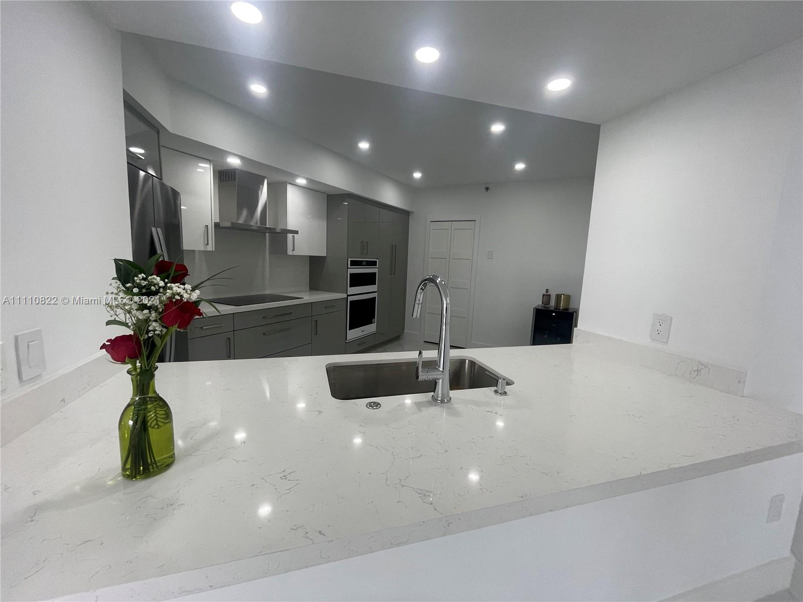 8925 Collins Ave #9F photo04