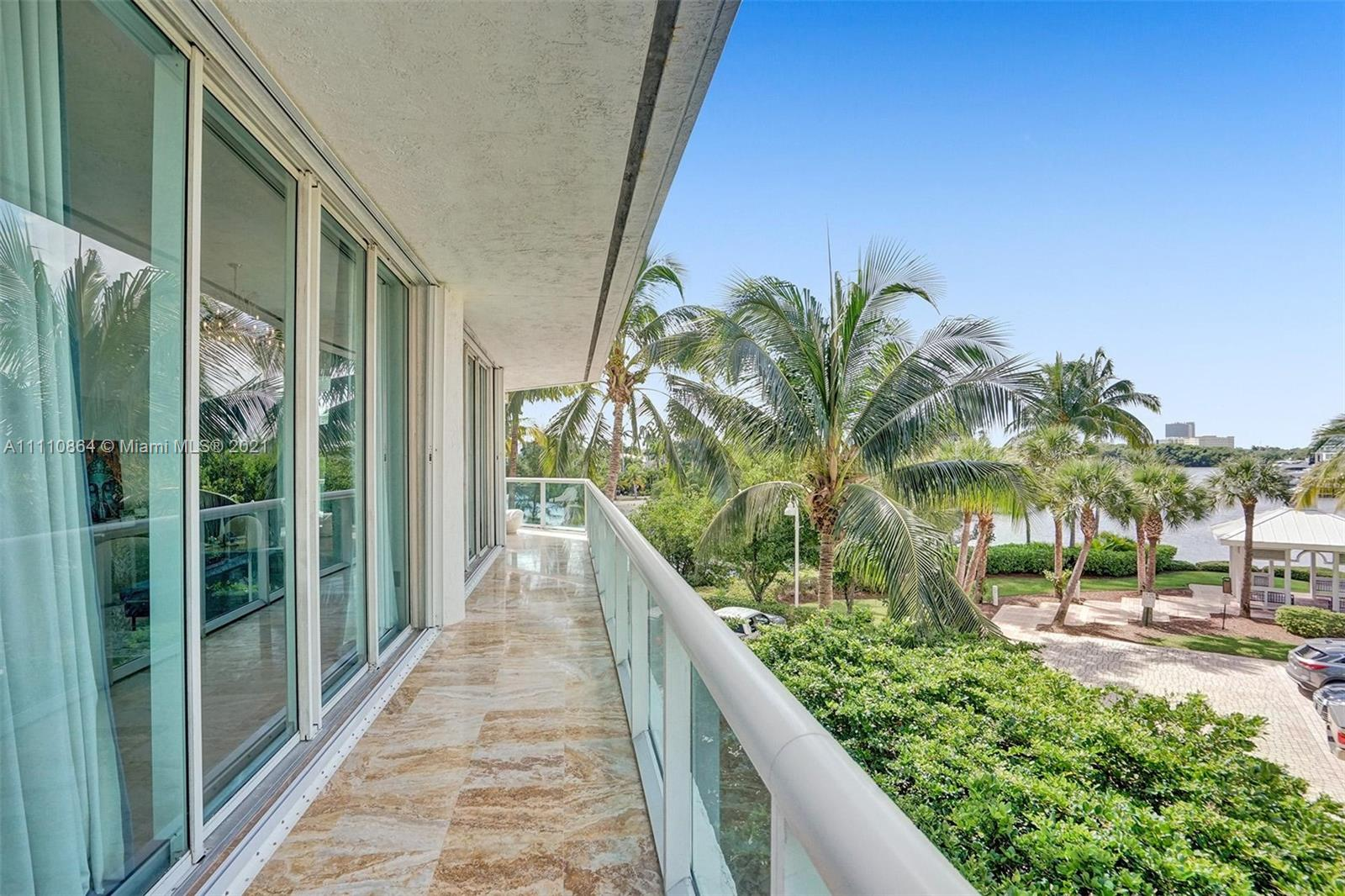 16500 Collins Ave #256 photo041