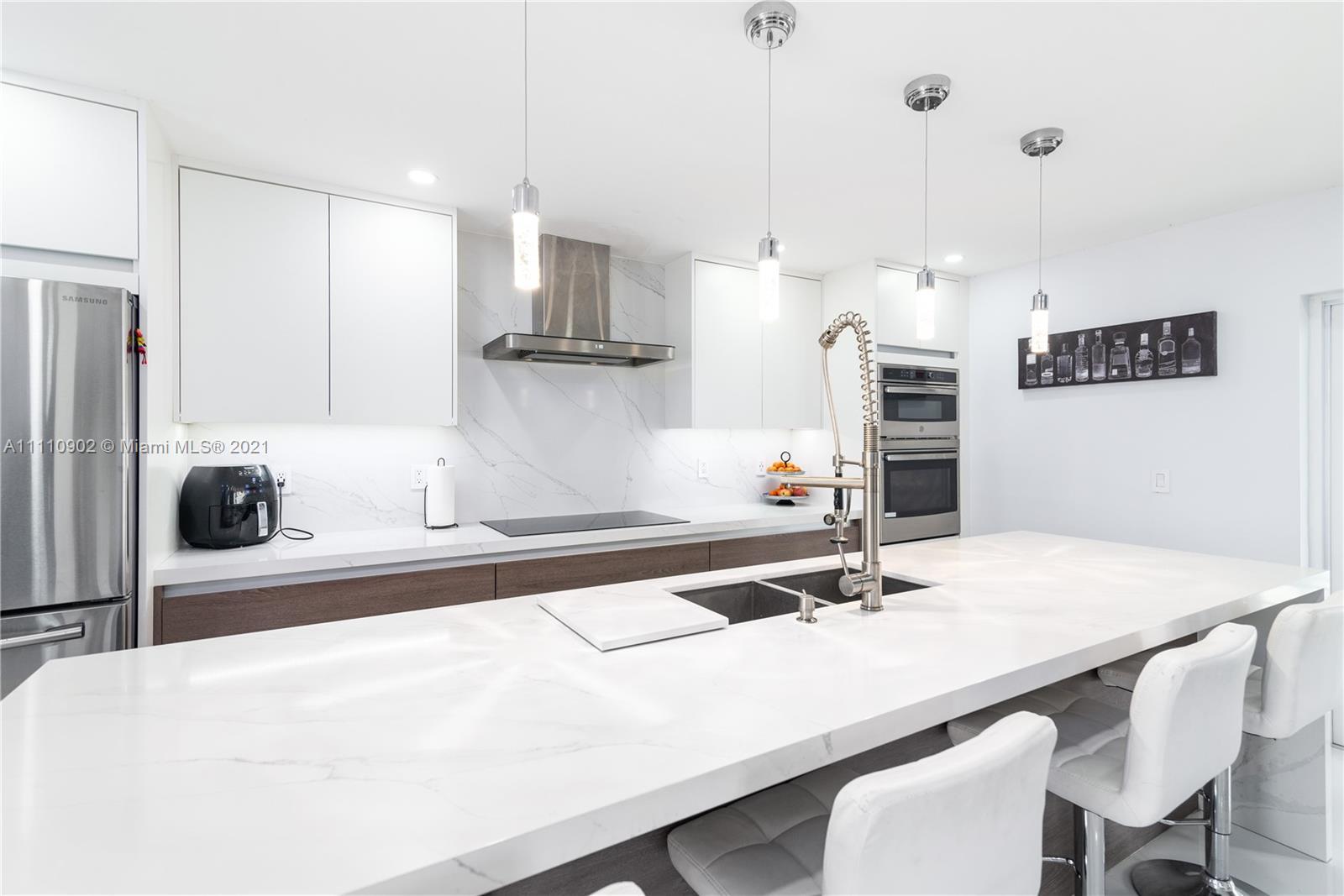 Single Family Home,For Sale,5581 NW 184th Ter, Miami Gardens, Florida 33055,Brickell,realty,broker,condos near me
