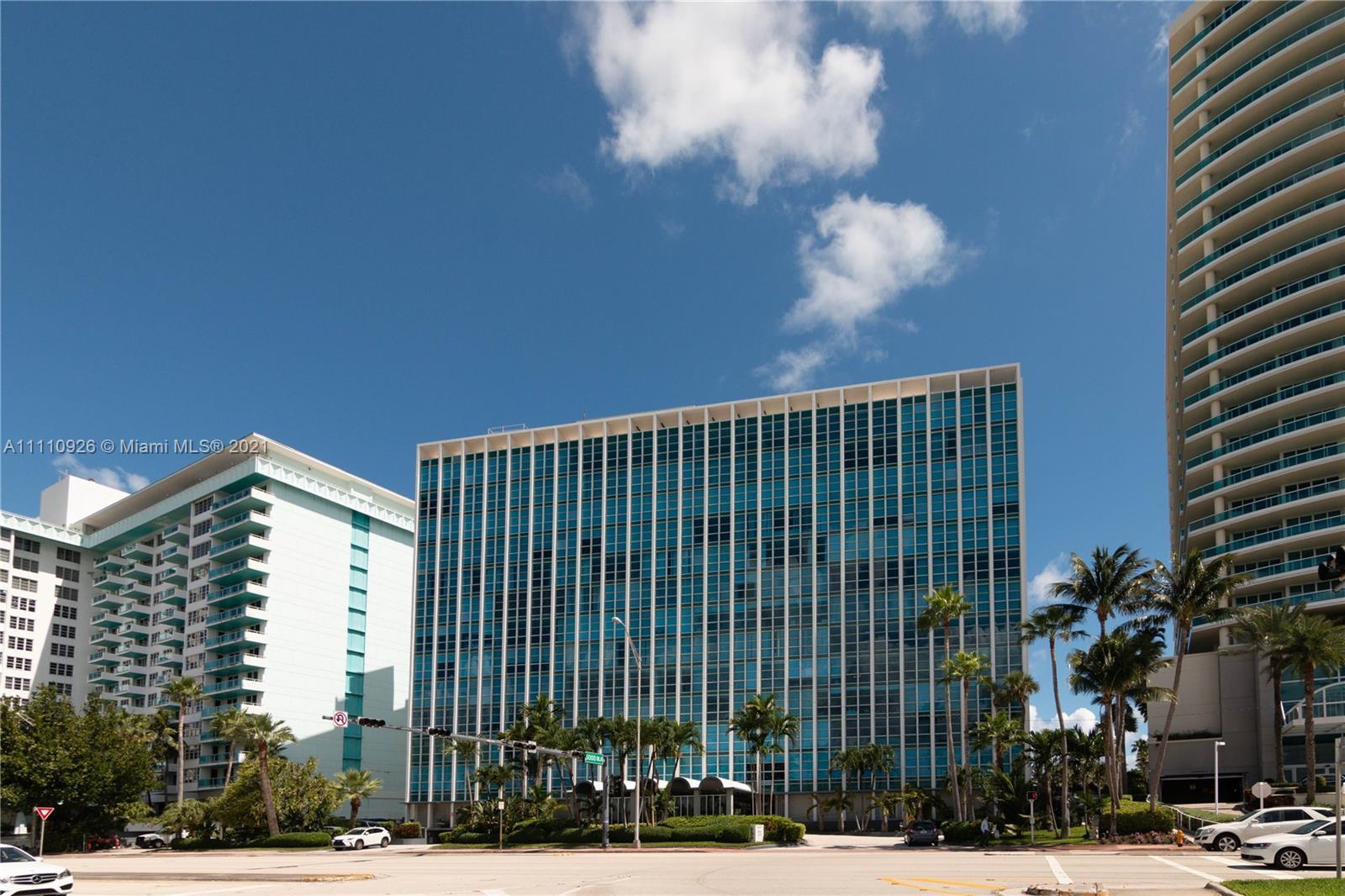 Crystal House #5E - 5055 Collins Ave #5E, Miami Beach, FL 33140