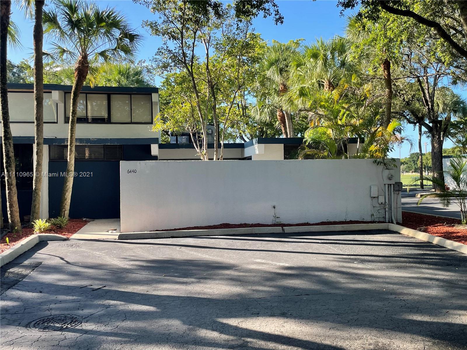 MIAMI LAKES WINDMILL GATE Condo,For Sale,MIAMI LAKES WINDMILL GATE Brickell,realty,broker,condos near me