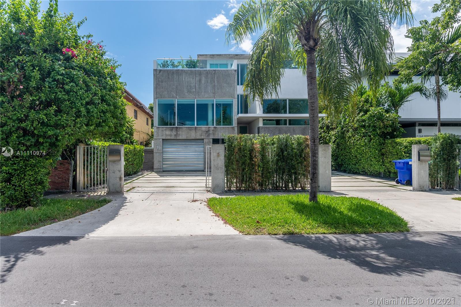 Single Family Home,For Rent,2270 SW 16th Ave #2270, Miami, Florida 33145,Brickell,realty,broker,condos near me