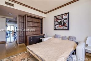 17875 Collins Ave #3105 photo031