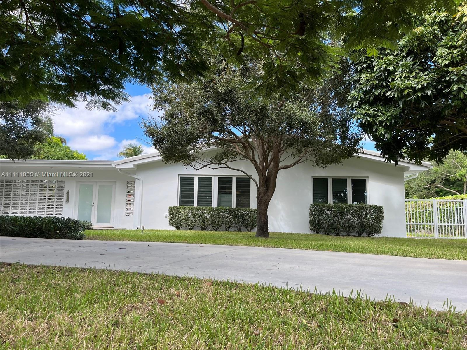 Single Family Home,For Rent,7921 SW 143rd St, Palmetto Bay, Florida 33158,Brickell,realty,broker,condos near me