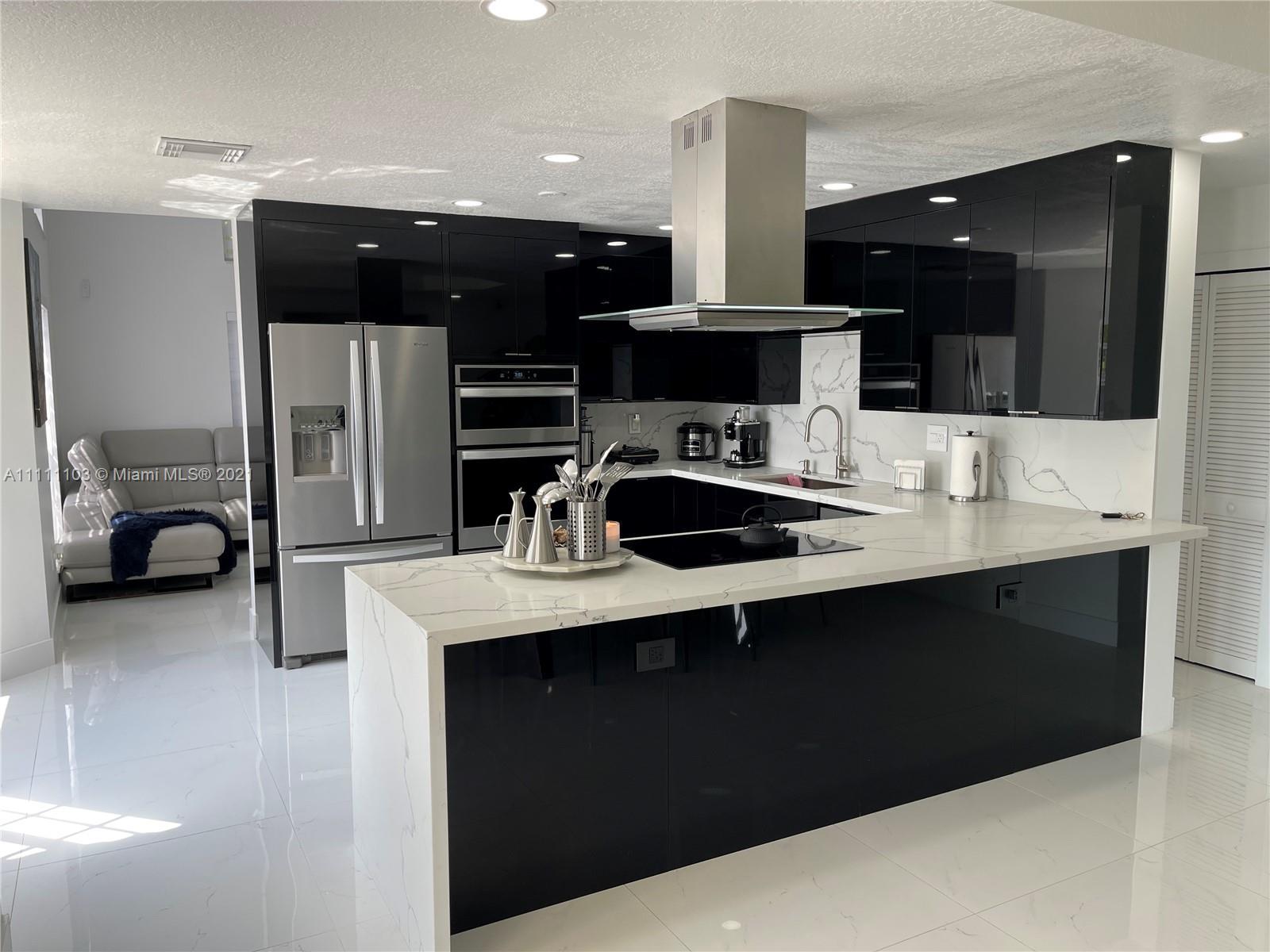 Single Family Home,For Sale,4232 SW 159th Ave, Miami, Florida 33185,Brickell,realty,broker,condos near me