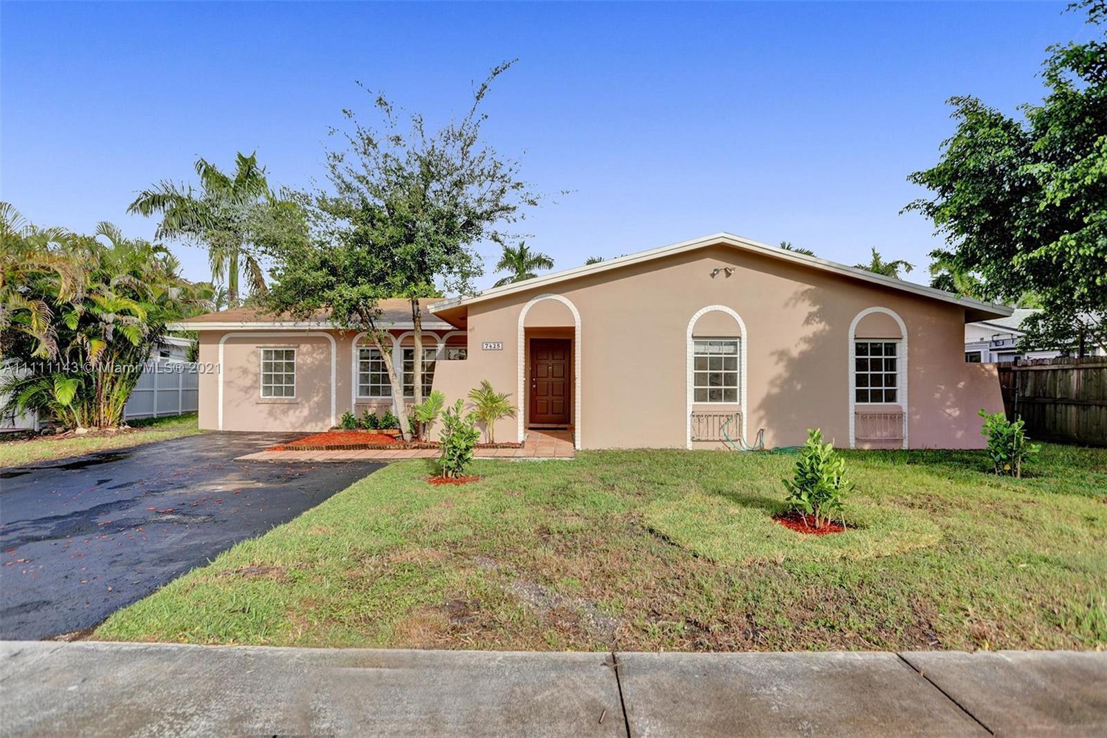 Single Family Home,For Sale,7425 SW 127th Ct, Miami, Florida 33183,Brickell,realty,broker,condos near me