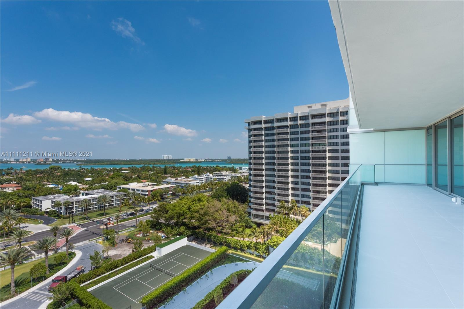 10201 Collins Ave #1107 photo03