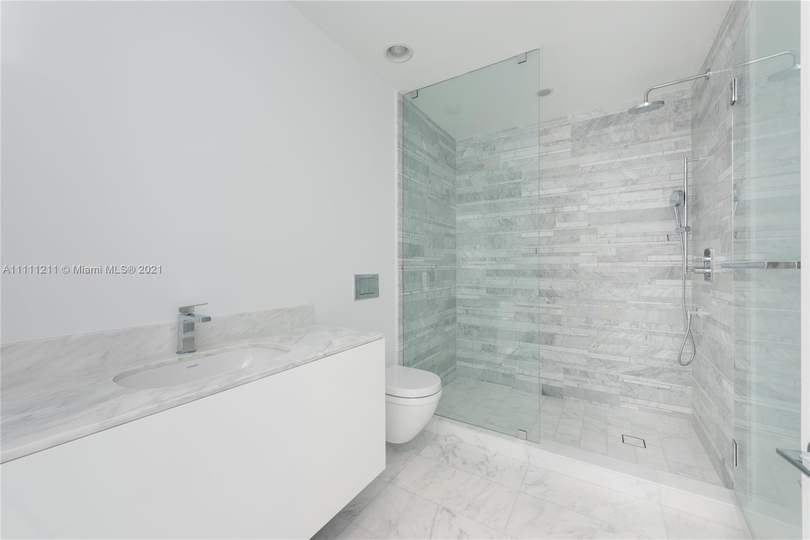 10201 Collins Ave #1107 photo020