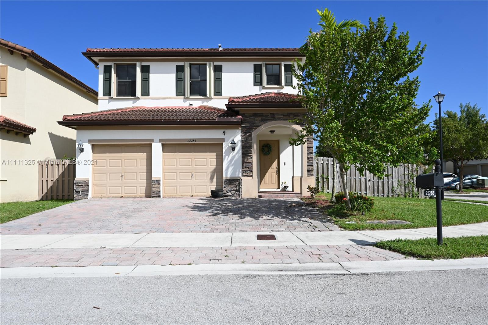 Single Family Home,For Sale,22783 SW 93rd Ct, Cutler Bay, Florida 33190,Brickell,realty,broker,condos near me