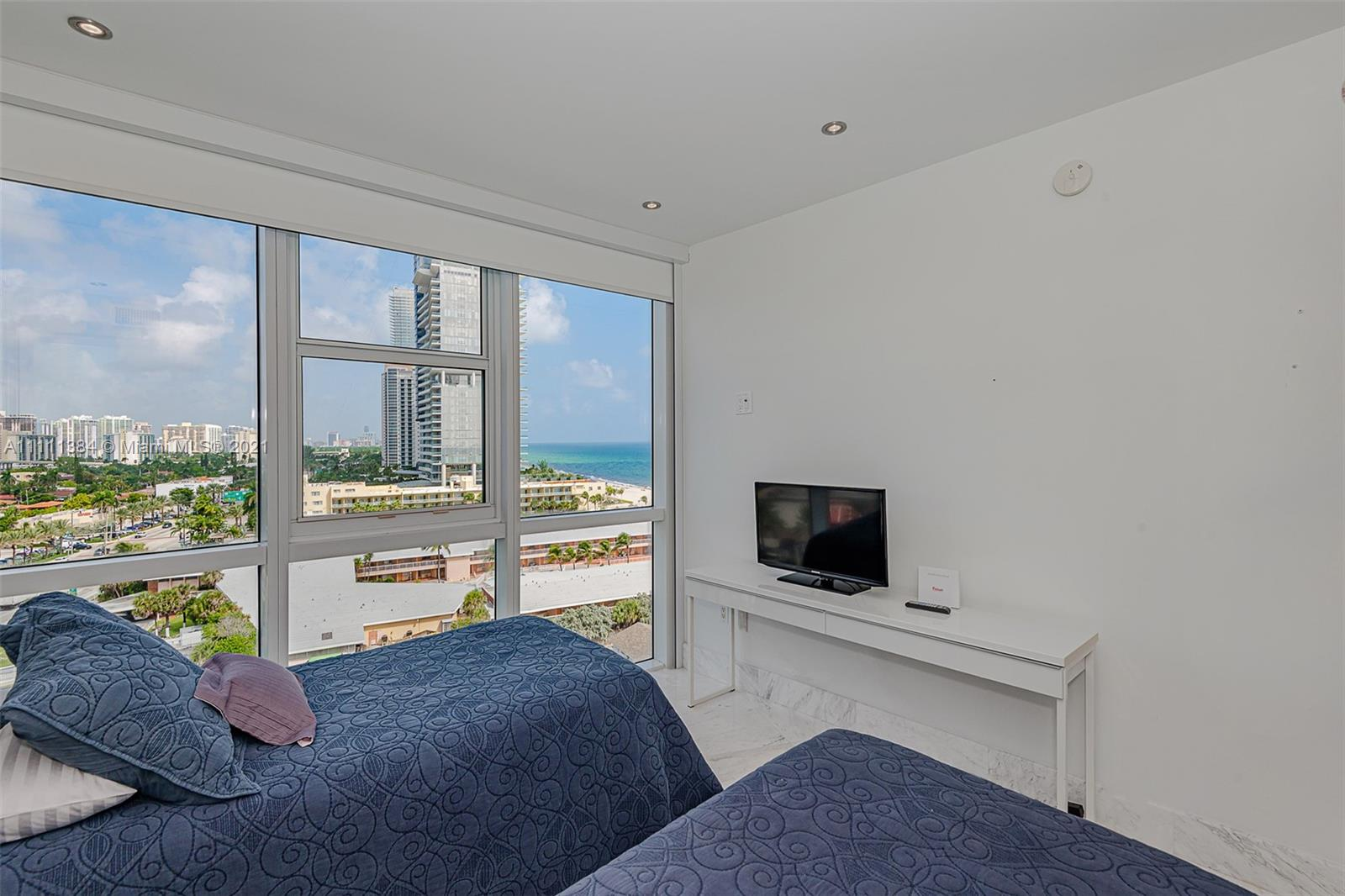 18201 Collins Ave #1101 photo019