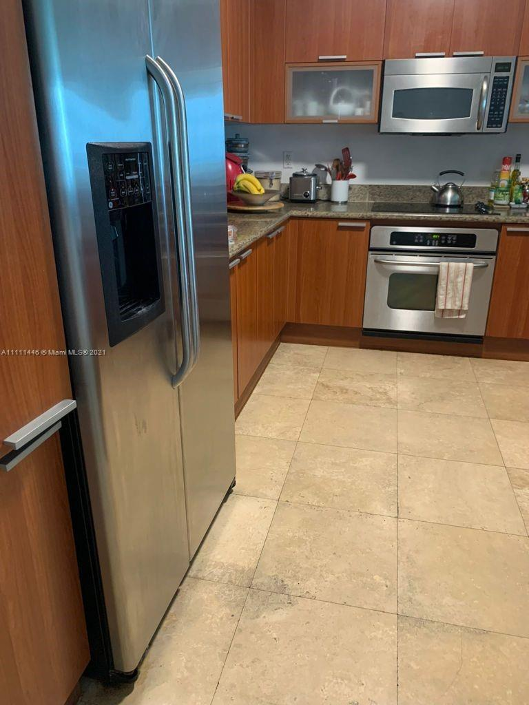 One Fifty One At Biscayne #2407 - 14951 Royal Oaks Ln #2407, North Miami, FL 33181