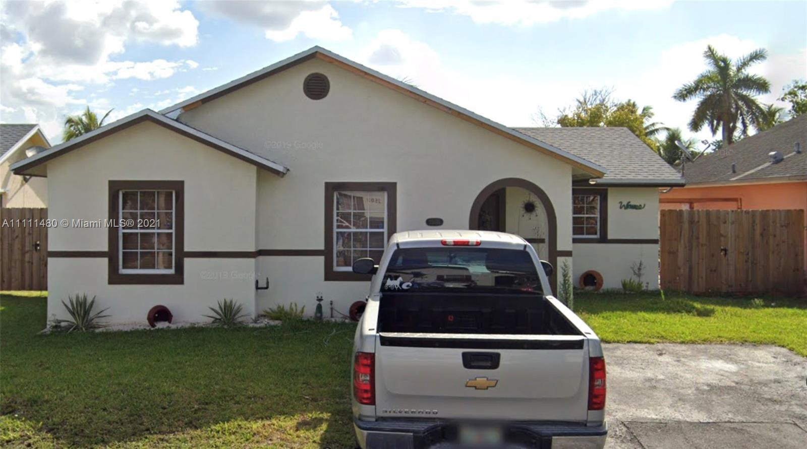 Single Family Home,For Sale,25015 SW 128th Pl, Homestead, Florida 33032,Brickell,realty,broker,condos near me
