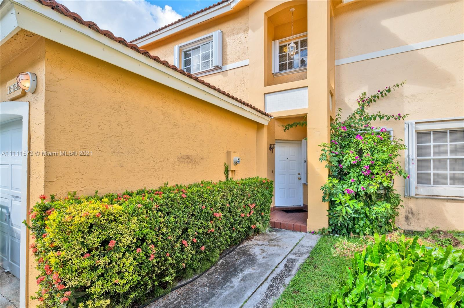 Condo For Sale at CHARLESTOWNE