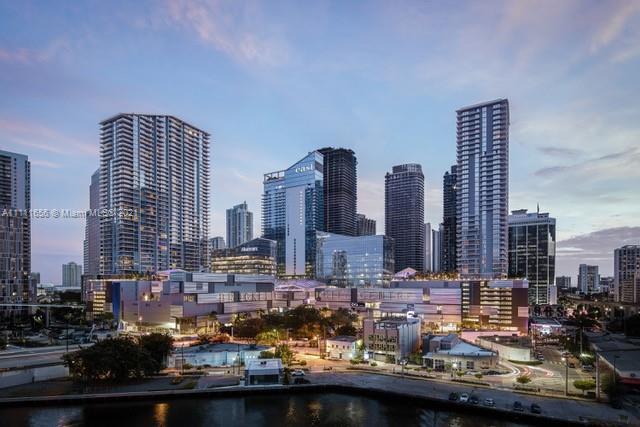 Reach Brickell City Centre #2305 - 68 SE 6th St #2305, Miami, FL 33131