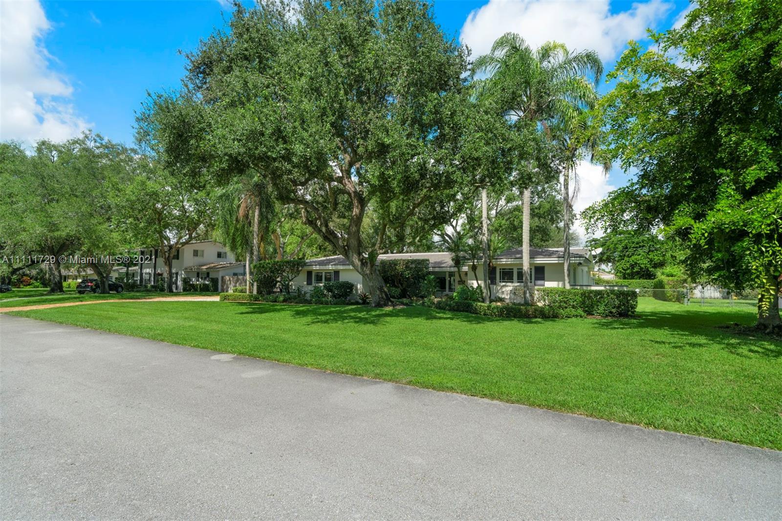 Single Family Home For Sale ROYAL PALM HARBOR2,236 Sqft
