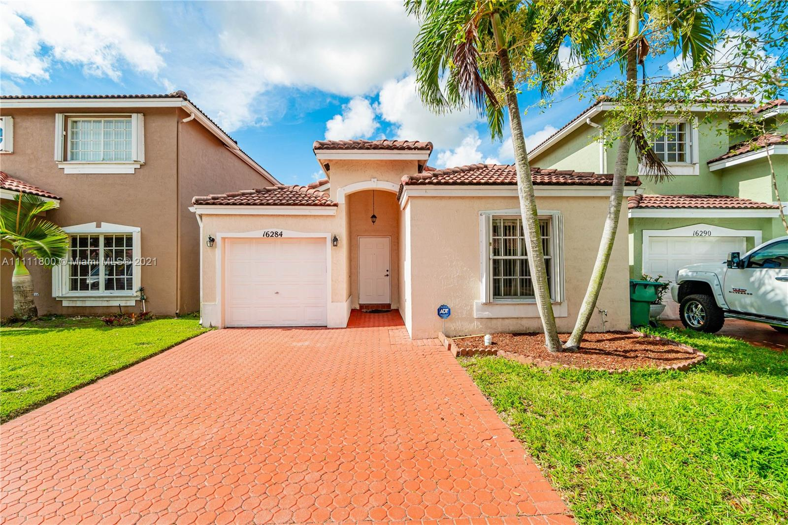 Single Family Home,For Sale,16284 SW 100th Ter, Miami, Florida 33196,Brickell,realty,broker,condos near me