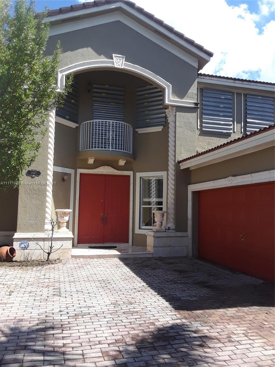 Single Family Home For Sale GRAND LAKES PHASE II2,968 Sqft