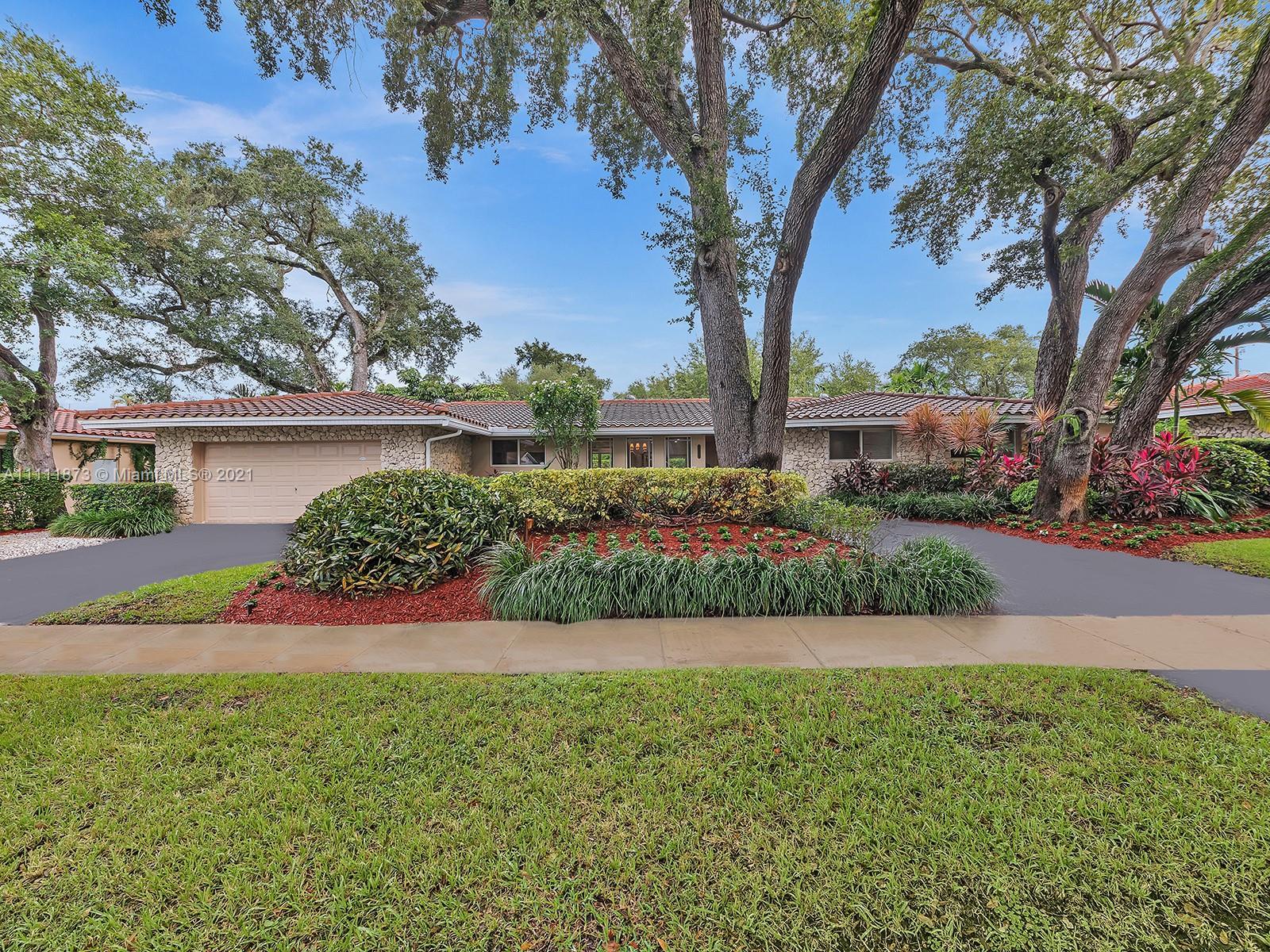 Highland Lakes - 2213 NE 203rd Ter, Miami, FL 33180