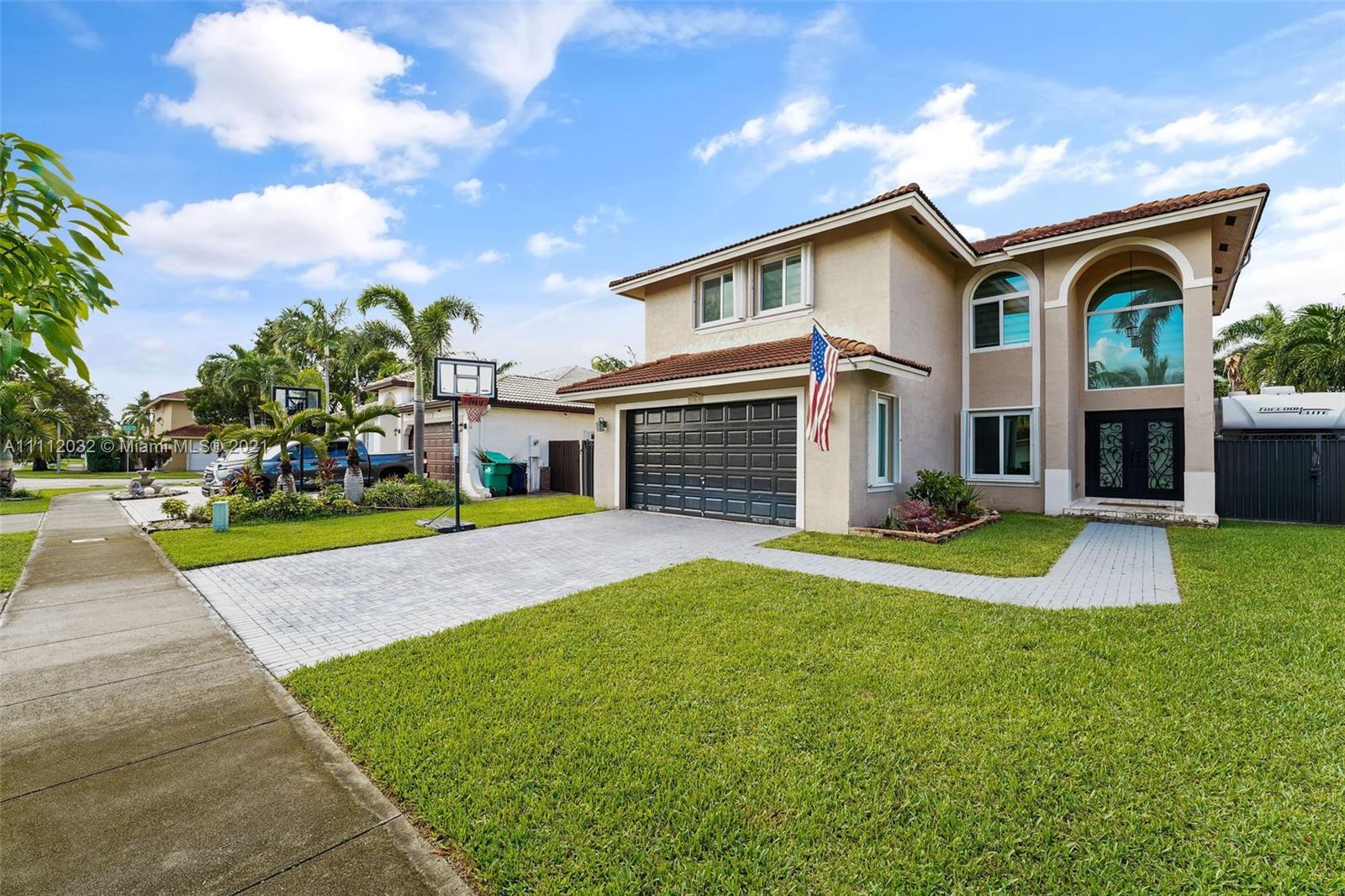 Hammocks - 16065 SW 100th Ln, Miami, FL 33196