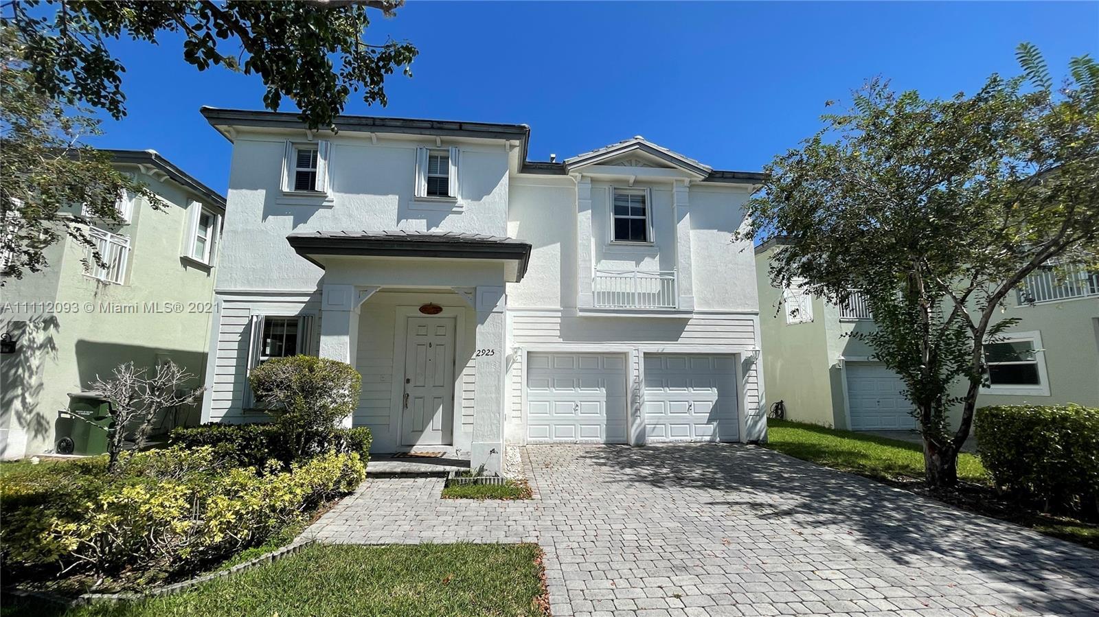 Single Family Home For Sale ARUBA AT OASIS3,276 Sqft