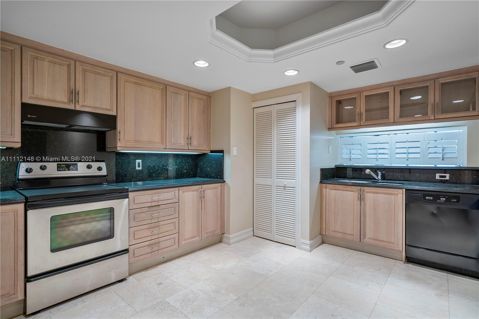 9559 Collins Ave #S3-F photo013