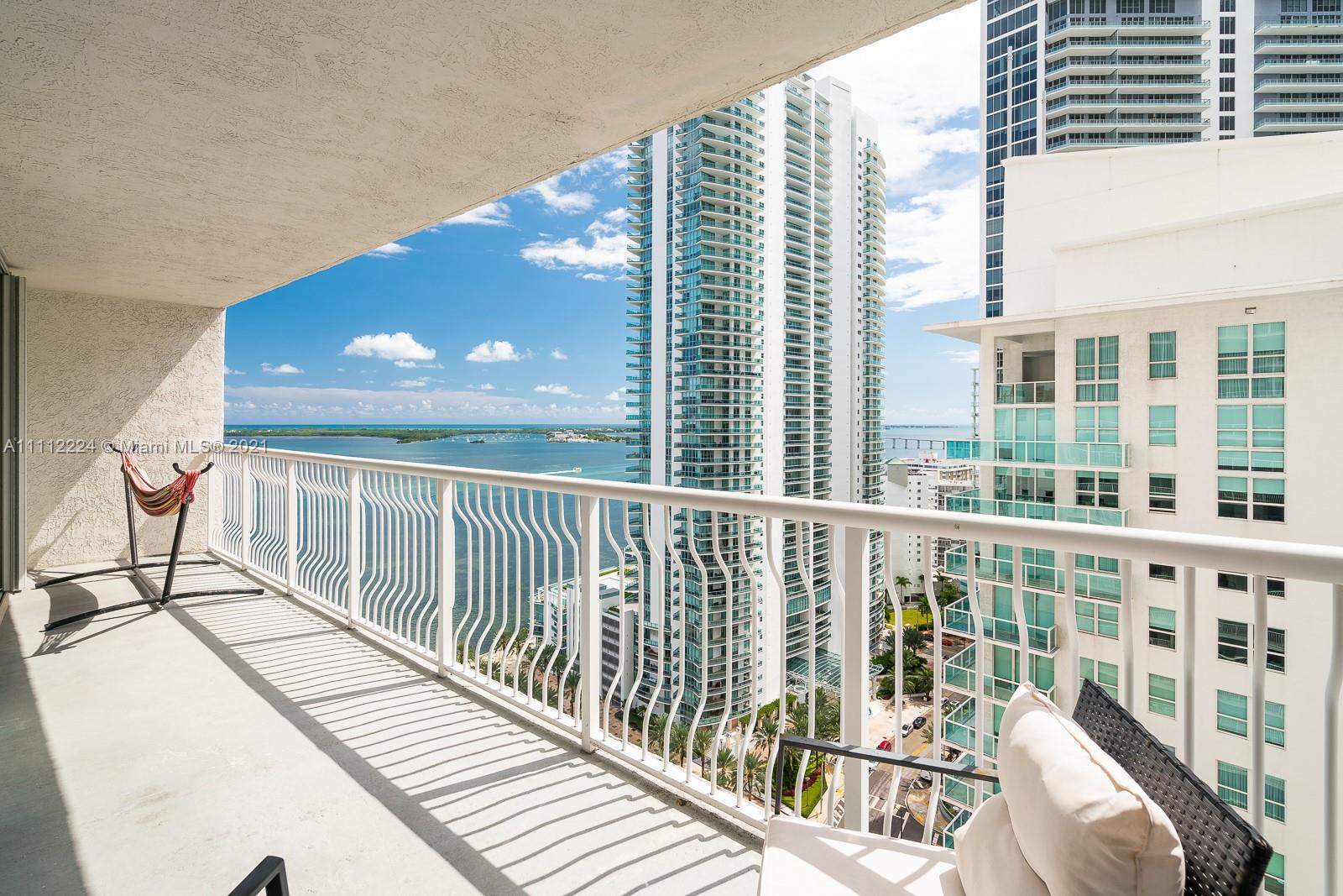 THE CLUB AT BRICKELL BAY Condo,For Sale,THE CLUB AT BRICKELL BAY Brickell,realty,broker,condos near me