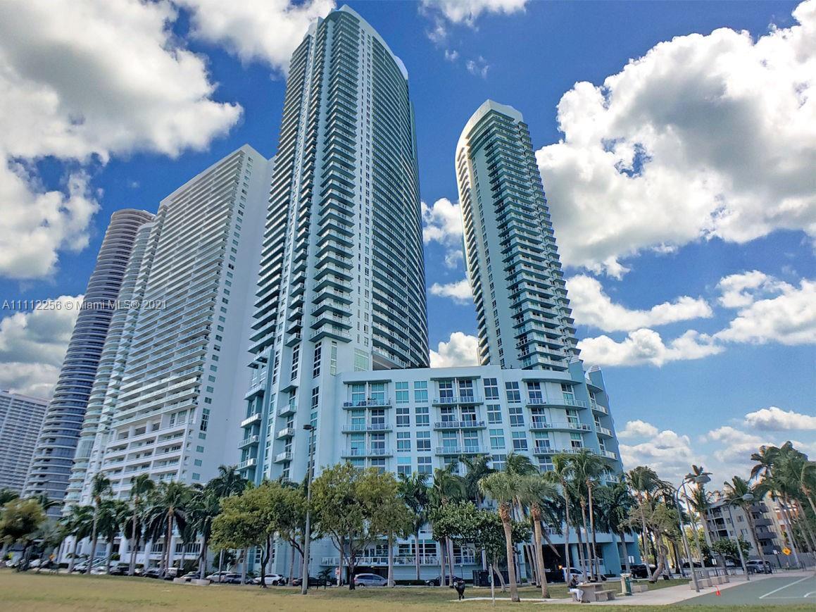Quantum on the Bay #3807 - 1900 N Bayshore Dr #3807, Miami, FL 33132