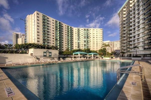 Sea Air Towers #1010 - 3725 S Ocean Dr #1010, Hollywood, FL 33019