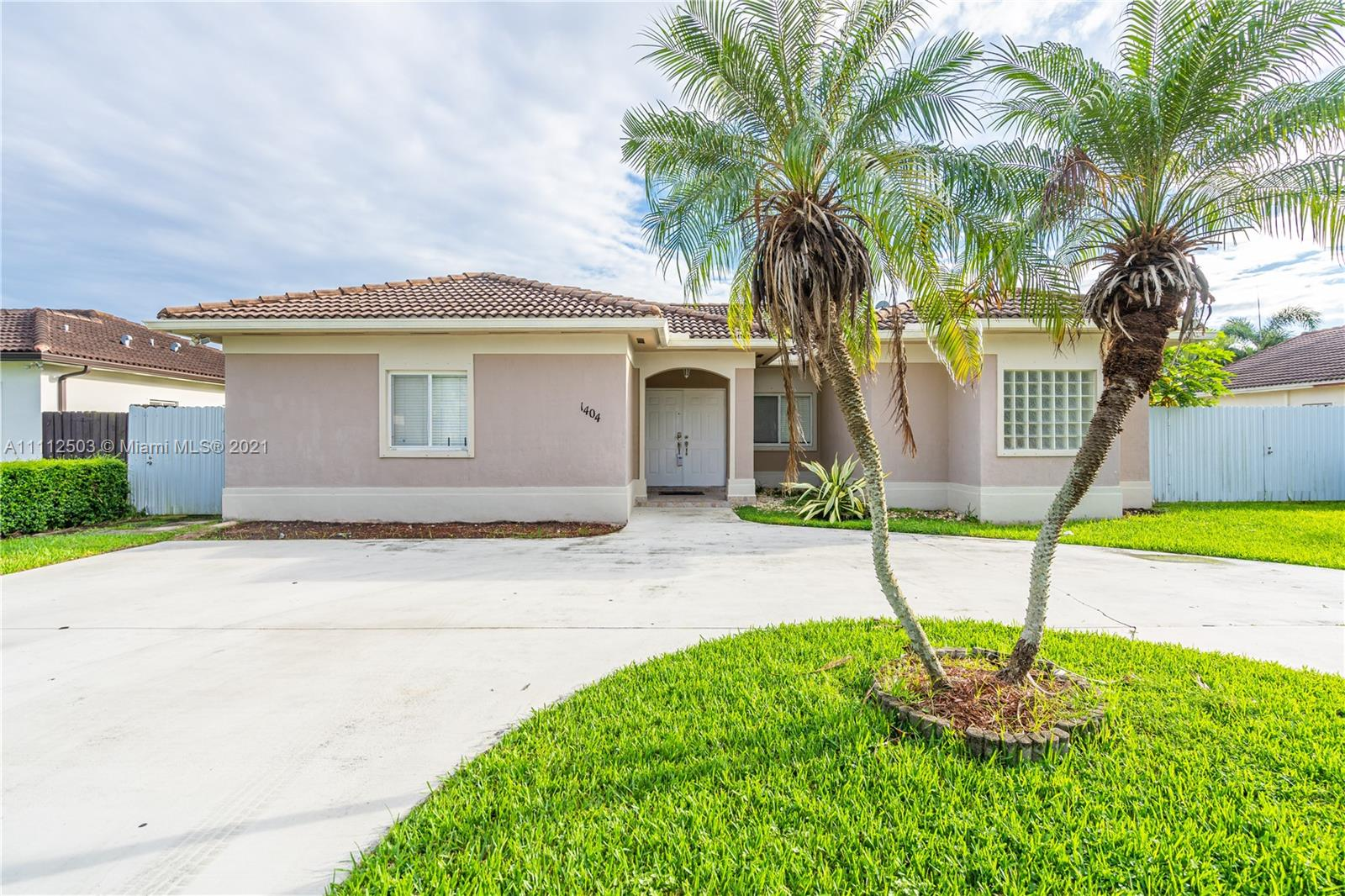 Single Family Home,For Sale,1404 SE 5th St, Homestead, Florida 33033,Brickell,realty,broker,condos near me
