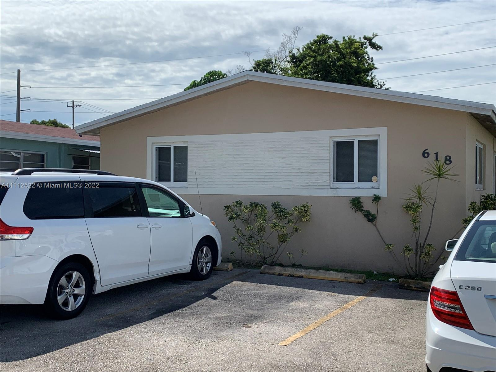 618 W 30th St, Hialeah, Florida 33012, ,Residential Income,For Sale,30th St,A11112522