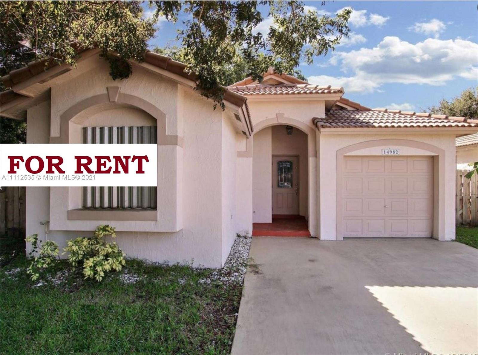 Single Family Home,For Rent,14982 SW 143rd Ter, Miami, Florida 33196,Brickell,realty,broker,condos near me