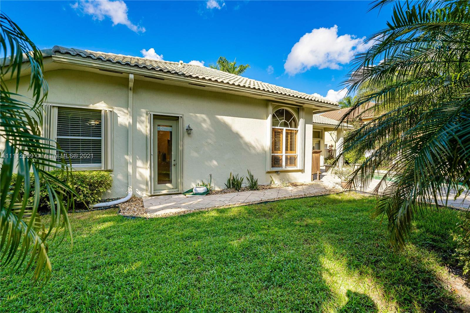 13768 NW 18th Ct photo032