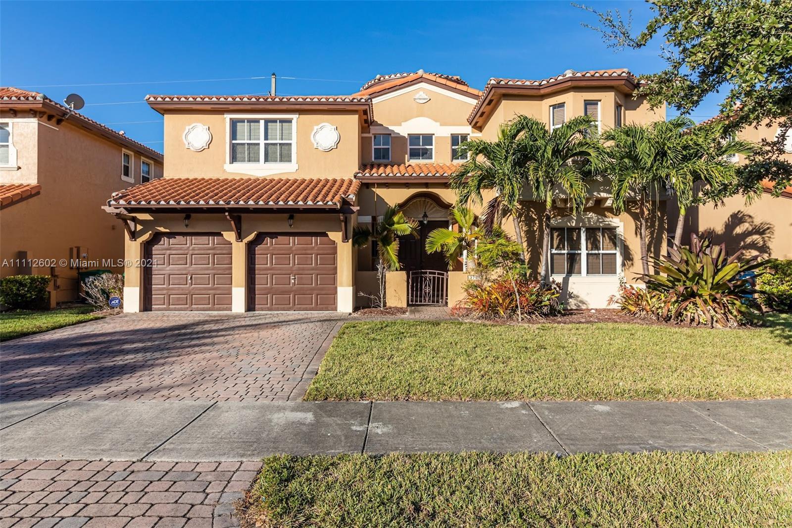 Single Family Home For Rent EGRET LAKES ESTATES SEC 63,257 Sqft