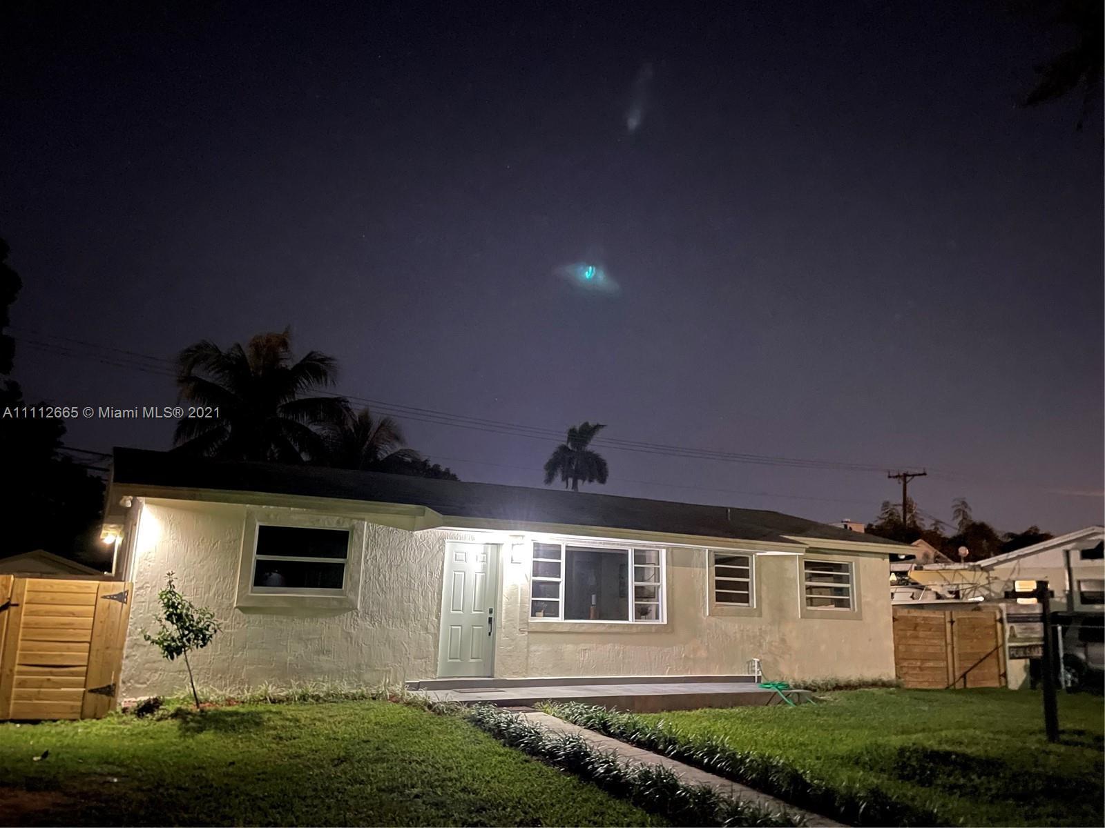 Single Family Home,For Sale,20850 Anchor Rd, Cutler Bay, Florida 33189,Brickell,realty,broker,condos near me