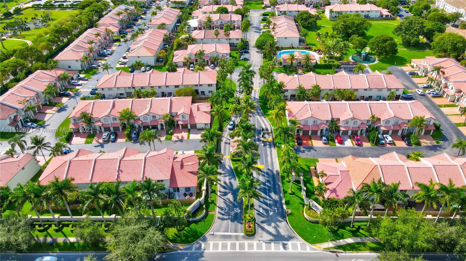 DORAL LANDINGS TOWNHOMES Condo,For Sale,DORAL LANDINGS TOWNHOMES Brickell,realty,broker,condos near me