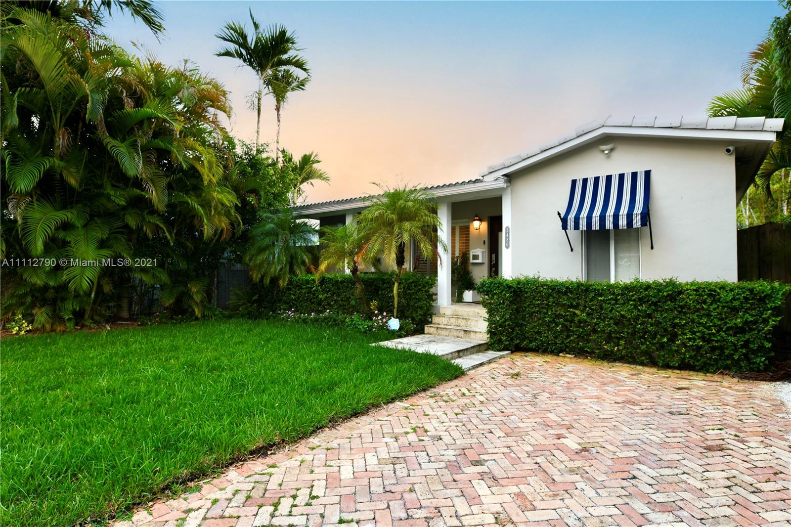 Silver Bluff - 2480 SW 23rd St, Miami, FL 33145
