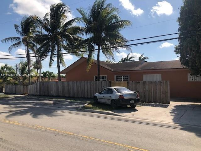 2900 E 7th Ave, Hialeah, Florida 33013, ,Residential Income,For Sale,7th Ave,A11112840