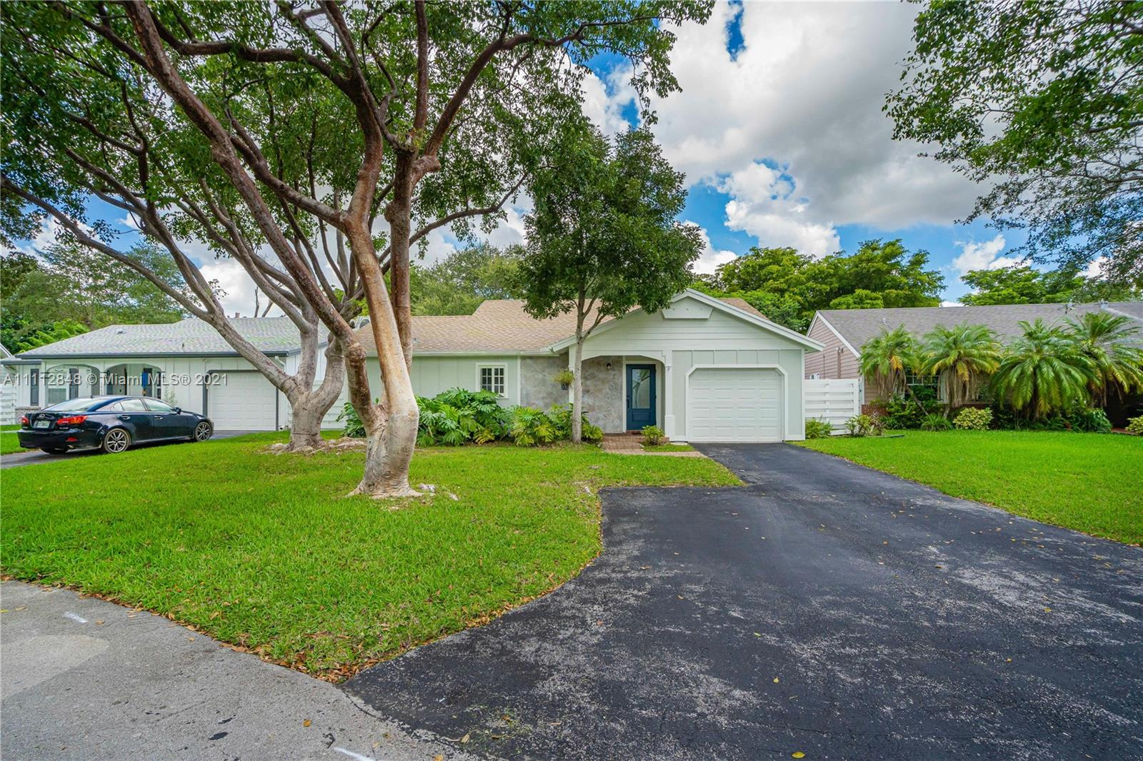 Single Family Home,For Sale,14620 SW 143rd Ct, Miami, Florida 33186,Brickell,realty,broker,condos near me