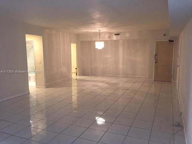 10185 Collins Ave #716 photo03