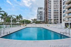 10185 Collins Ave #716 photo020