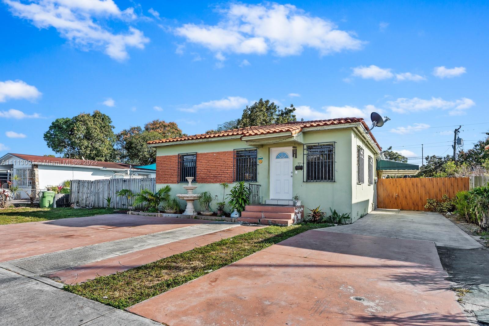 Single Family Home,For Sale,310 E 17th St, Hialeah, Florida 33010,Brickell,realty,broker,condos near me