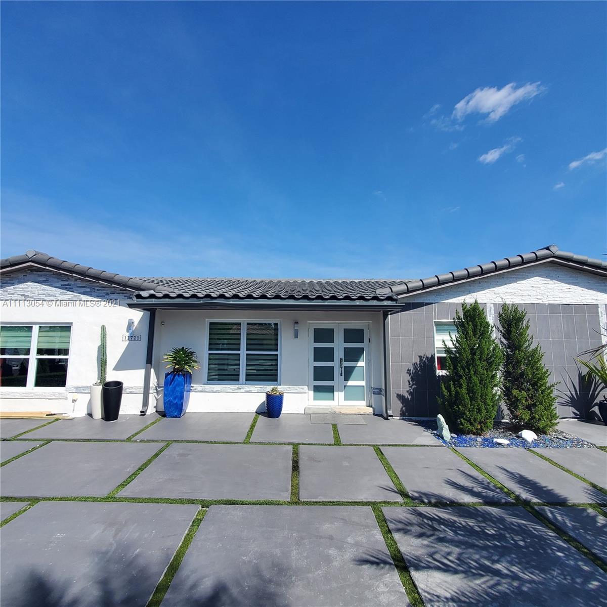 Single Family Home,For Sale,12721 SW 47th St, Miami, Florida 33175,Brickell,realty,broker,condos near me