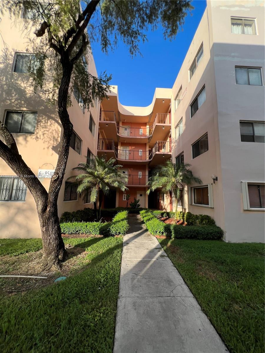 Condo For Sale at HORIZONS WEST CONDO #6