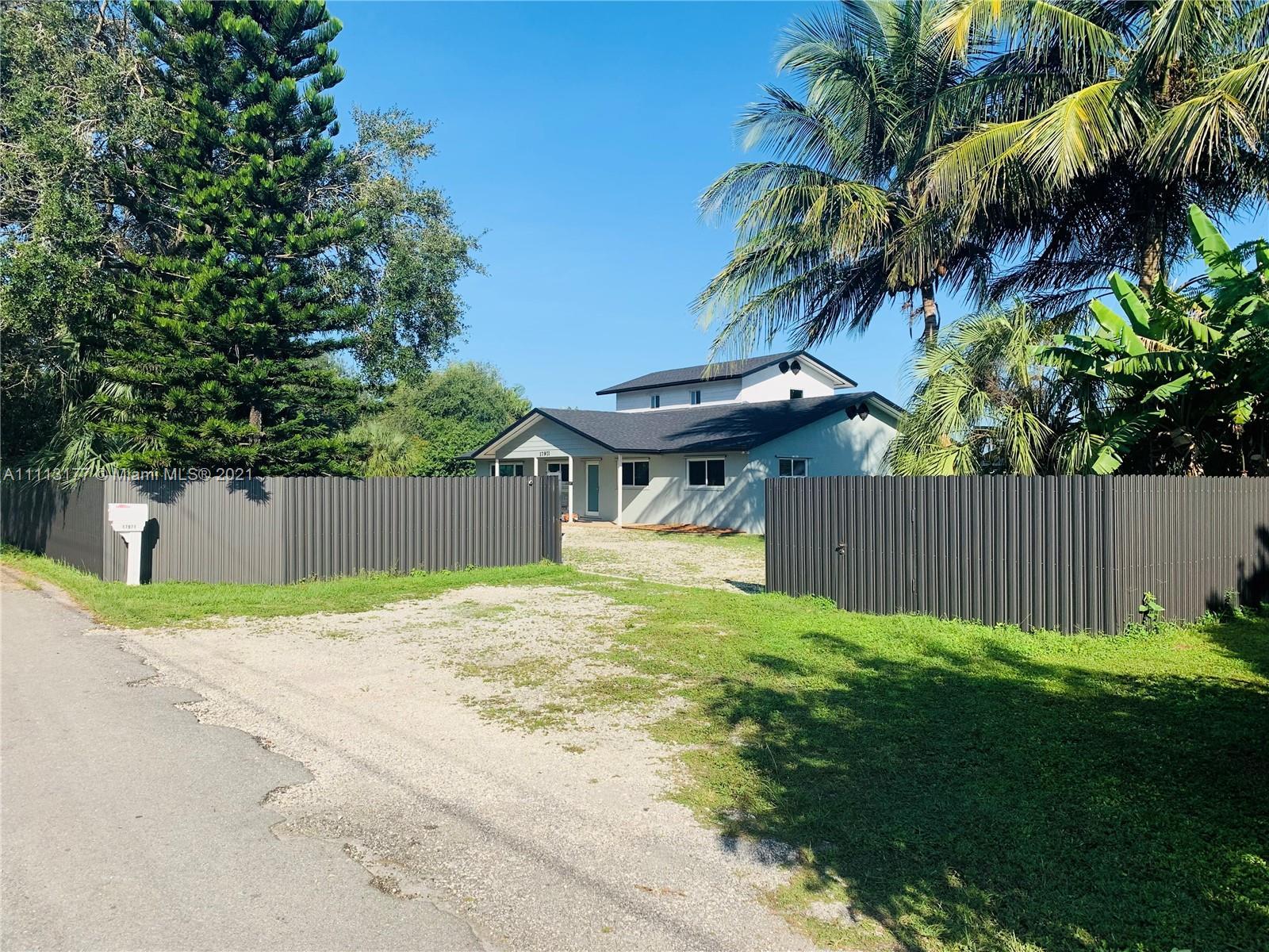 Single Family Home For Sale WINDSOR PARK NO 12,468 Sqft