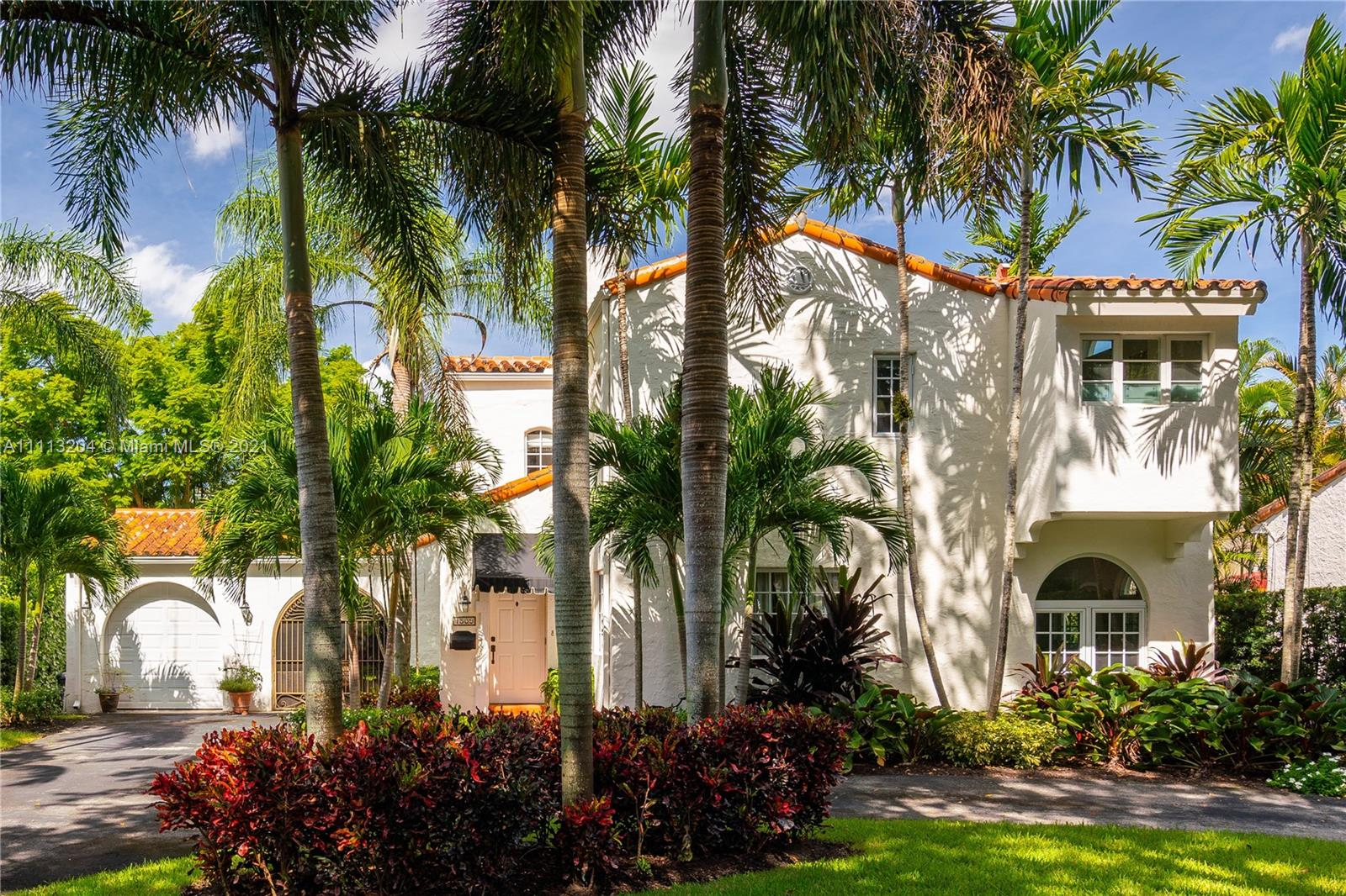Single Family Home For Sale CORAL GABLES COUNTRY CLUB3,149 Sqft