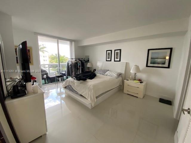 10275 Collins Ave #316 photo016