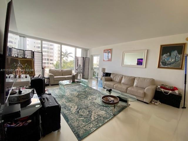 10275 Collins Ave #316 photo01